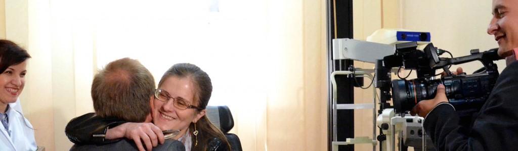 22 04 14 Cornelia klemmer HBB Tatiana ser på TV Publica filmar
