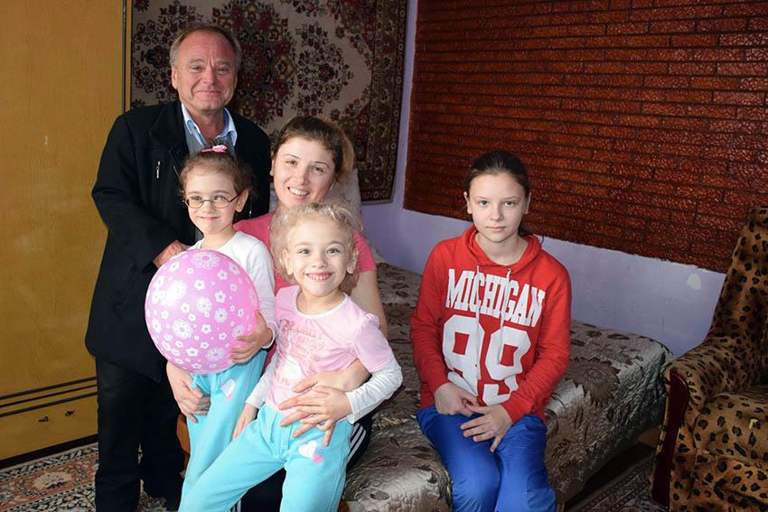2014 11 HBB Mor og tre jenter