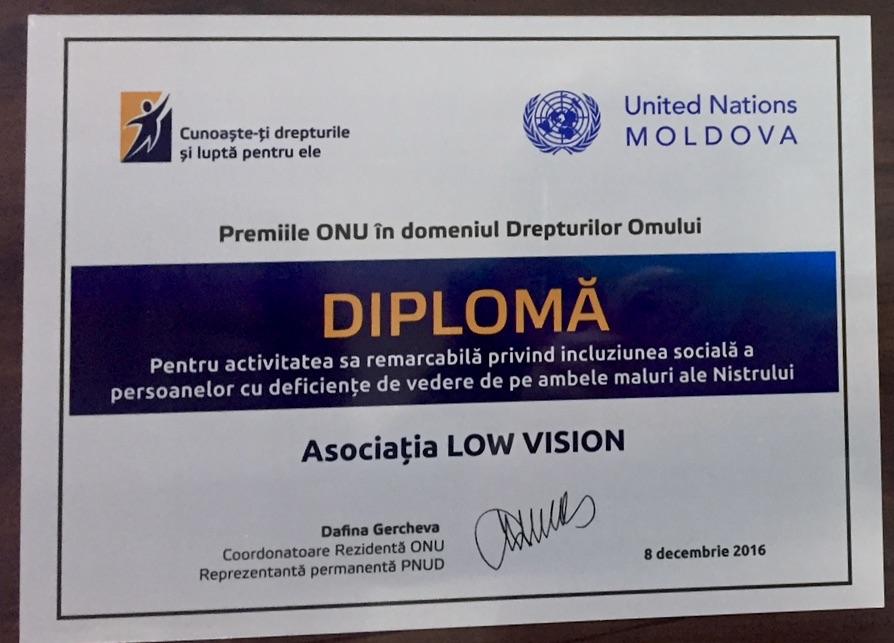 2016-12-08-award-diplom